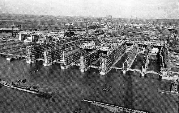 База подводных лодок в Бордо